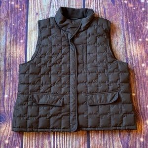 Kenneth Cole reaction XL brown puffer vest